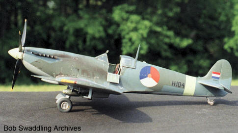 Spitfire MK923 Dutch markings